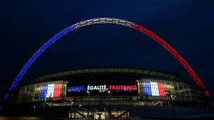 wembley-arch-tricolore2