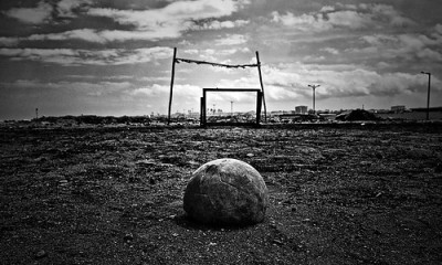 football,soccer,ball,blackandwhite,sad,byn-2c7a80010c9503eee81ea6b68c5ad6cf_h